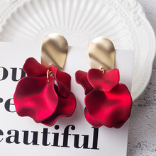 Hello Miss Personality red rose petals earrings ladies fashion retro womens jewelry gifts