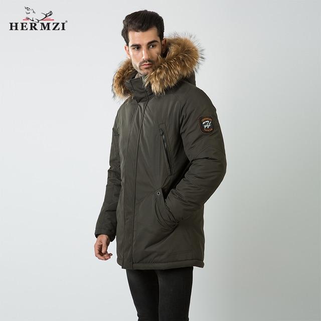 HERMZI abrigo de invierno de algodón acolchado para hombre, Parka gruesa de piel de mapache, Chaqueta larga acolchada, M 4XL de estilo ruso, 2020