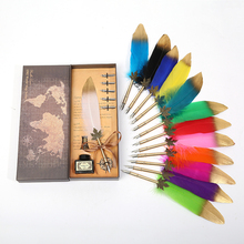Exquisite British style retro spray gold leaf pole feather pen, five replacement nibs, one bottle of ink, pen holder