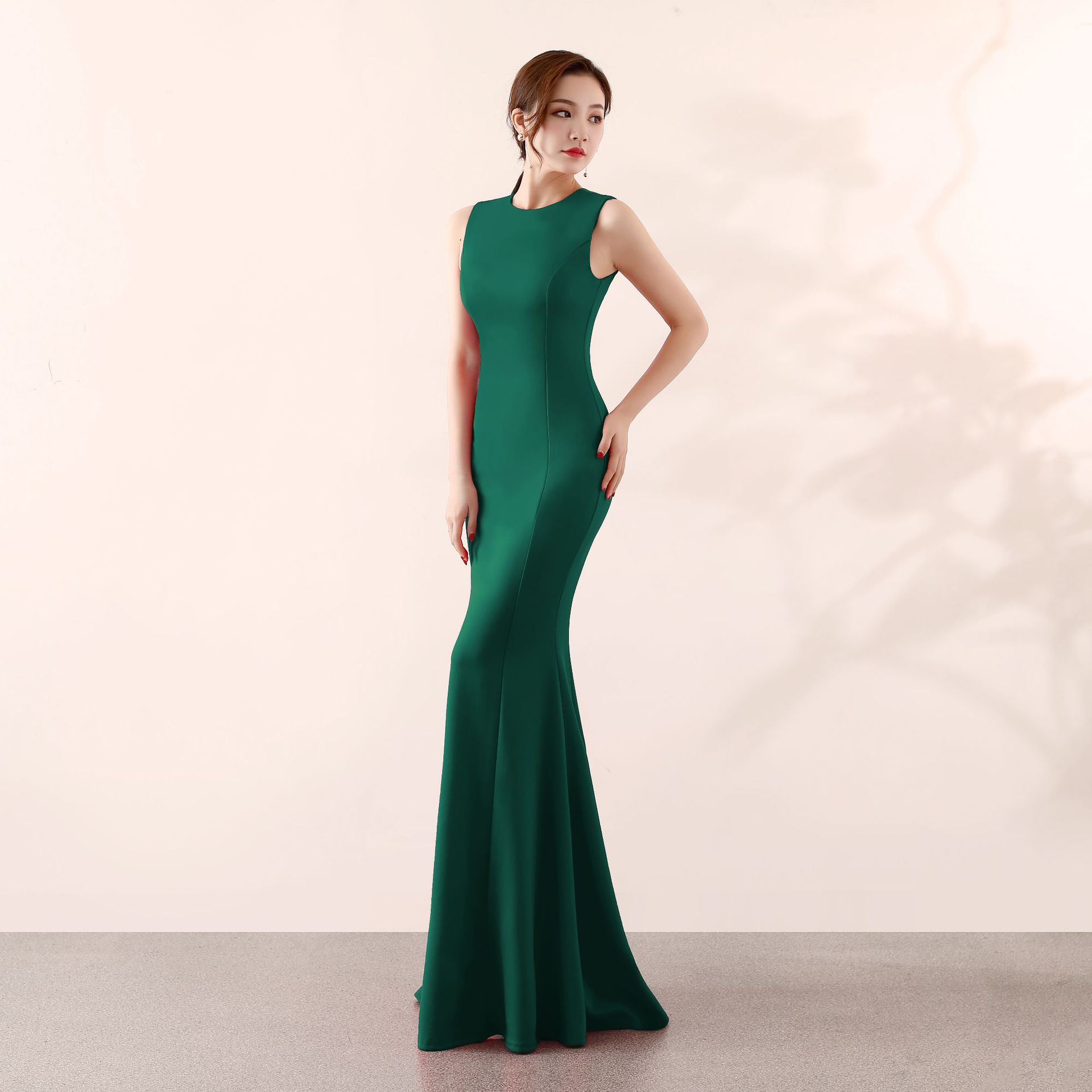 Skyyue Soild O neck Evening Dress Women Party Dresses Elegant Robe De Soiree Sexy Sleeveless Zipper Formal Gowns 2019 C096 DS4 in Evening Dresses from Weddings Events