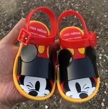 Mini melissa novo verão meninas meninos mickey mouse geléia sapatos menina sandálias antiderrapantes crianças sandália de praia da criança sandálias macias