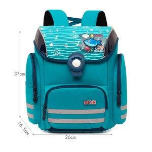 Najwyższej jakości dziewczęce plecaki do szkoły podstawowej dzieci torby szkolne dla chłopców ciężarówka ortopedyczne tornistry dla dzieci Cartoon Backpack Girls