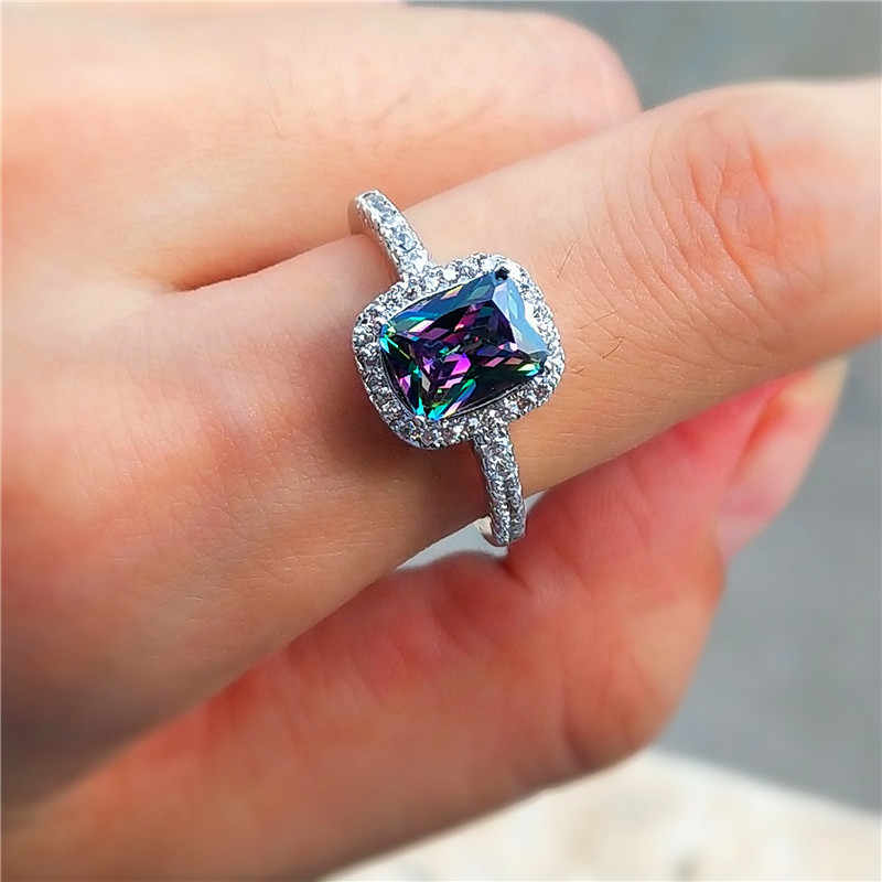Charm ผู้หญิงสายรุ้งสีสันแหวนหิน Boho Silver สีแหวนสัญญารักหมั้นแหวน