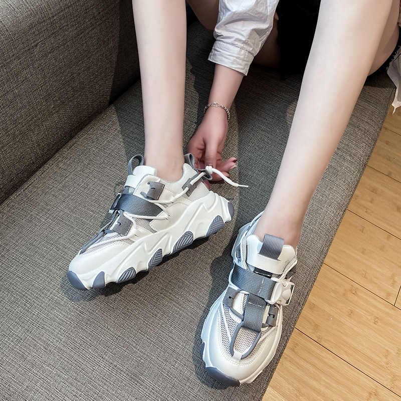 Lần Mới Phụ Nữ La Mã Của Giày Thể Thao Thu Đông 2020 Thời Trang Khóa Nền Tảng Giày Sneaker Giày Đi Bộ Nữ Giày Plus Size 41 42