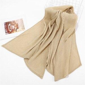 Image 5 - 2020ใหม่สีทึบBubble Plain CrinkleจีบHijabผ้าพันคอหญิงยาวมุสลิมGlitter Wrinkle Head Wrapผ้าพันคอสำหรับผู้หญิง