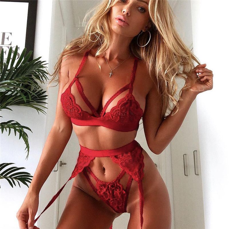 2020 Hot Sexy Lingerie Set Lace Spaghetti Bra Top And Sex G-string Thongs Underwear Women Sex Clothes Mesh Exotic Sets Costumes