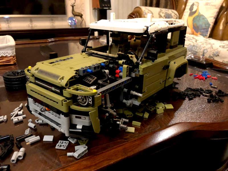 חדש 2019 אפוטרופוס Off-road רכב נחת רכב רובר Defender בלוקים צעצועי מכוניות תואם Legoed טכני 42110 Lepinblocks