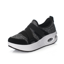 2021 New Women Toning Shoes Lightweight Jogging Walking Sneakers Ladies Cushion Toning Sneakers Sport Gym Shoes Women