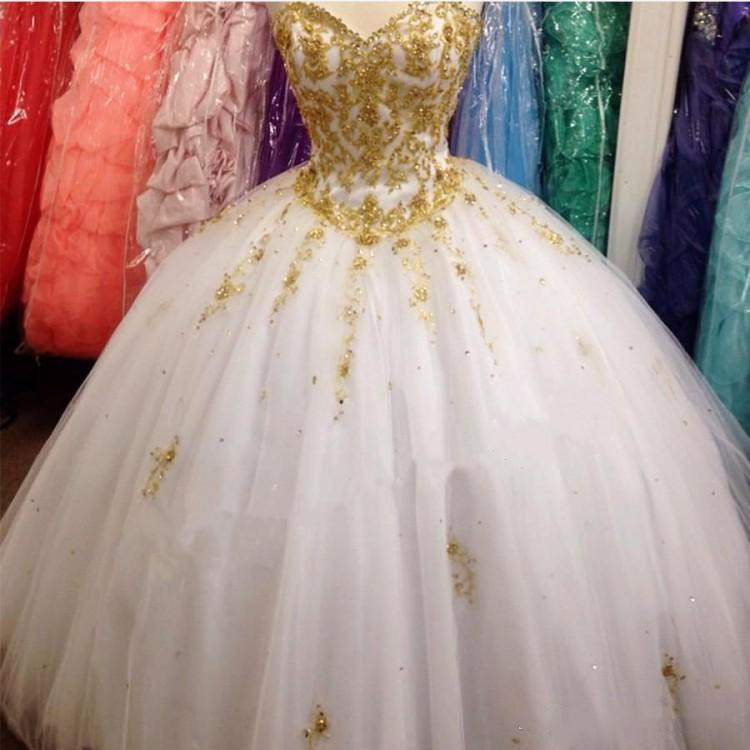 Appliques Luxury Sweetheart Quinceanera Dresses 2019 Gold Beading Appliques Floor Length Ball Gown Sweet 15 Years Party Gowns