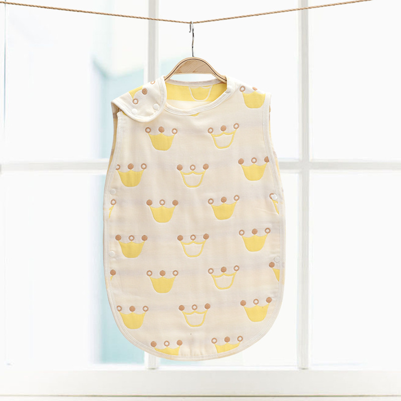 Купить с кэшбэком 40*60cm Cotton 3 Layers Gauze Baby Child Sleeping Bag Children Ank Kick Mushroom Pattern Sleepsacks 4 Seasons Vest Sleepwear