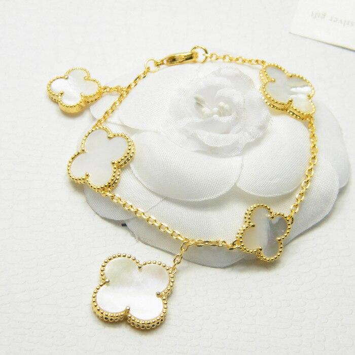 Mode bracelet personnalité populaire fleur trèfle à quatre feuilles incrusté frais étudiant style bijoux à envoyer amant cadeau nouveau chaud