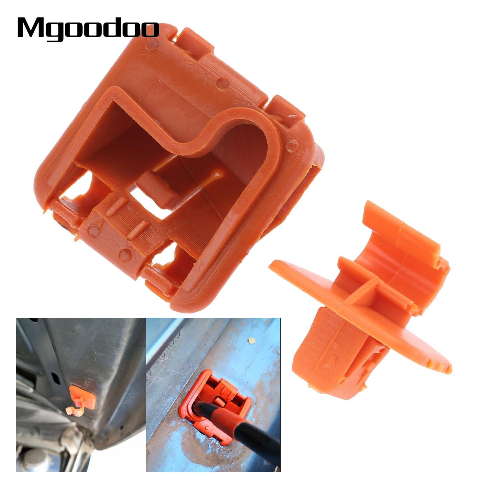 Hood Bonnet Rod Stay Clip Holder 1U0823570A Fit For Skoda Fabia Octavia 2004-13
