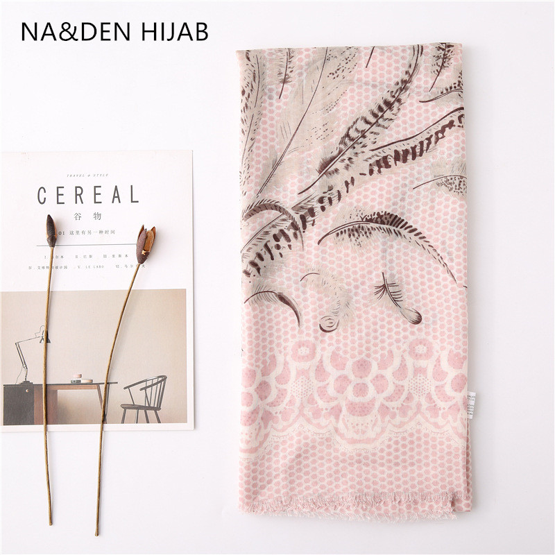1PCS NEW High quanlity Dot Pashmina Summer beach wraps Tropical scarves  feather print shawls NEW  Women's bandana Muslim hijab