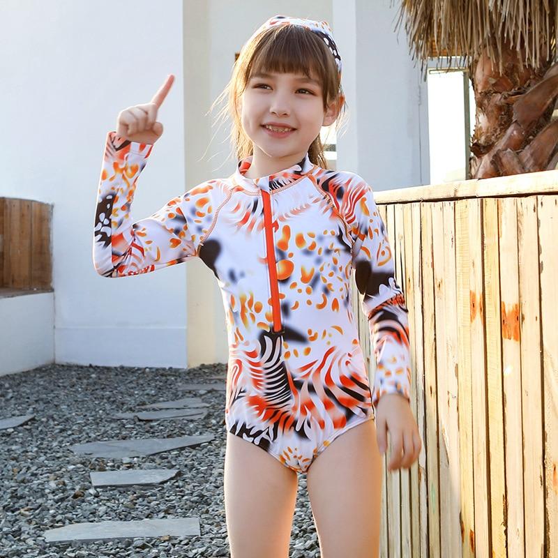 New Style 2020 KID'S Swimwear Girls One-piece Triangular Long Sleeve Sun-resistant Big Boy Beach Holiday Tour Bathing Suit GIRL'