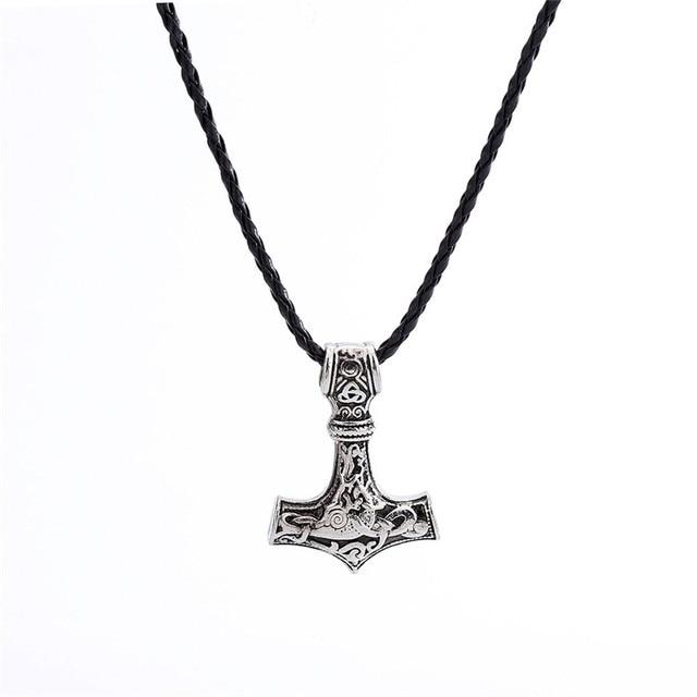 Collier Viking ancre Mjolnir  2