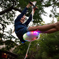 Детские слакеры качели светящиеся ночные Riderz Led диск летающая тарелка качели набор с Zipline уличные игрушки