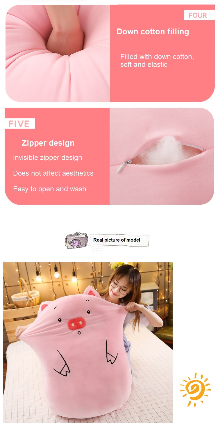 bonito porco boneca meninas cama segurando uma