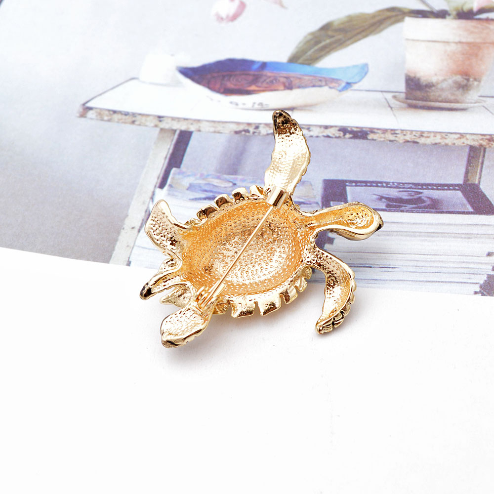 CINDY XIANG Rhinestone Turtle Brooches For Women Vintage Enamel Pin Fashion Animal Pin Accessories Creative Deisgn Vivid Jewelry 5