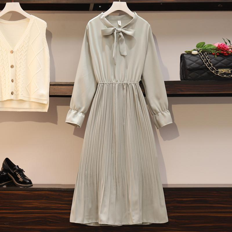 2020 New Girl Style One Piece Suit Dress, Women's Autumn and Winter Show Thin Long Sleeve Pleated Medium Length Shirt Dress 9