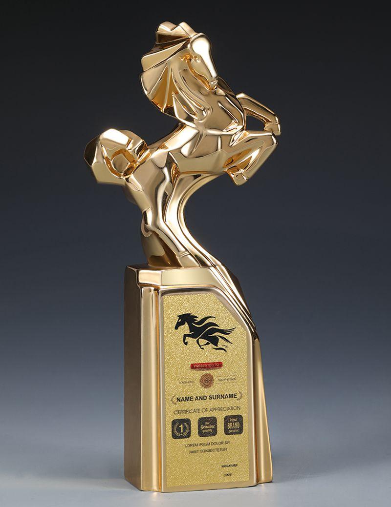Cheval d'or métal résine trophée créatif Bole prix cheval à succès prix Pegasus trophée Souvenir