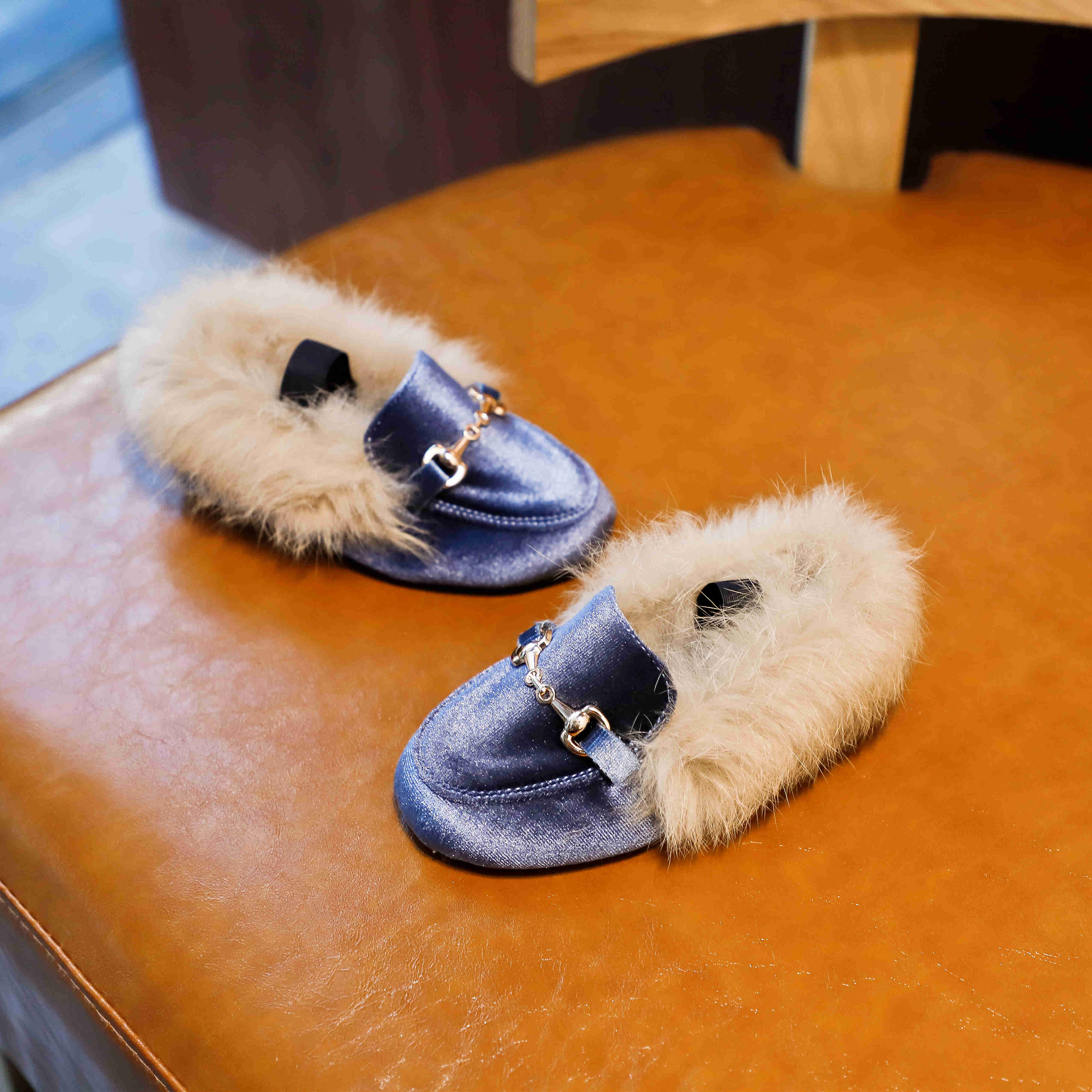 2020 Winter Kids Fur Shoes Baby Girls Warm Flats Children PU Leather Princess Shoes Toddler Brand Black Loafer Fashion Moccasins