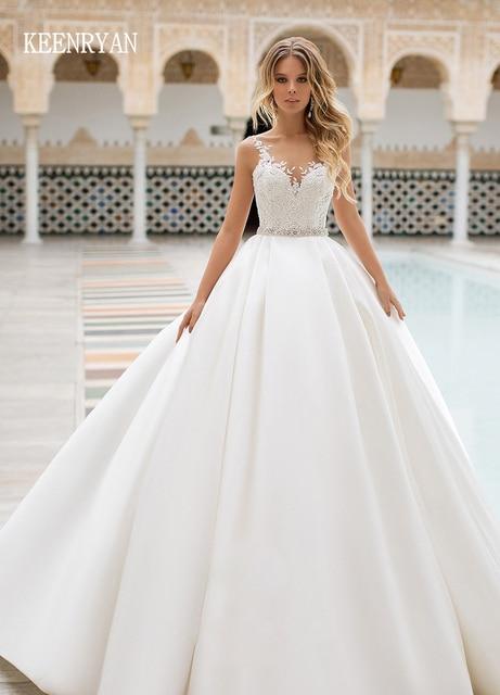 Yeni varış seksi A Line saten düğün elbisesi 2020 v yaka dantel Up Illusion gelin kıyafeti Vestido de Novia artı boyutu