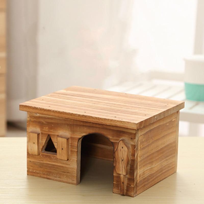1PCS Wooden environmental hamster house Golden guinea pig Guinea pig autumn and winter villa wooden house