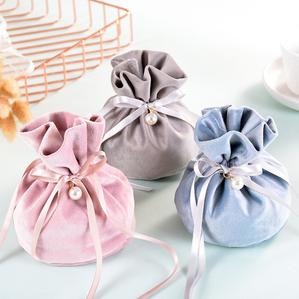 Velvet Yarn Wedding Candy Gift Bags With Pearl Europe Chocolate Package Bag  9*12 Cm High Quality Wholesale
