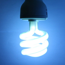 E27 5.0 10.0 UVB 13W Reptile Light Bulb UV Lamp Vivarium Terrarium Tortoise Turtle Snake Pet Heating 220v-240