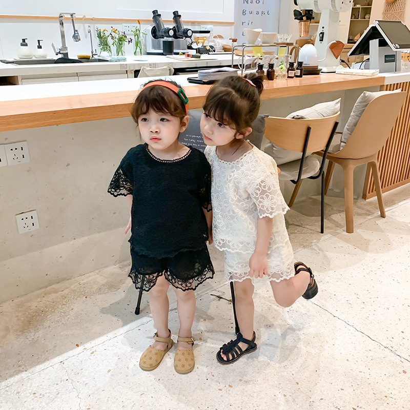 Summer New Korean Girls Embroidered Flower Suit 2 Colors Toddler Baby Lace Flower Sleeved with Baby Shorts Infant Girl Clothing
