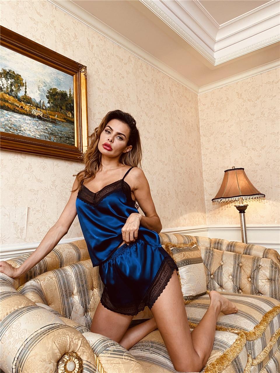Pyjama en Satin pour femmes