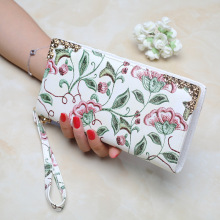 LISM European and American style luxury designer lady retro wallet embroidered floral wallet ladies ID bag ladies clutch bag