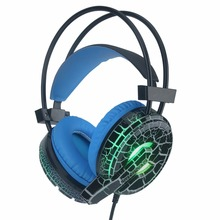 цена на H6 Gaming Headset Deep Bass Computer Game Headphones with microphone LED Light for computer PC Gamer