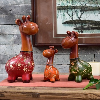 3 Sets of European-style Resin Deer Decoration Ornaments Creative Gifts Cute Deer Living Room Decoration Home Decoration Crafts