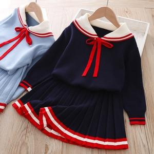 Image 2 - ユーモアクマ女の子の服のスーツ秋冬新カレッジスタイルの女の子セーター + スカートセット 2 6t 2019 子供の服