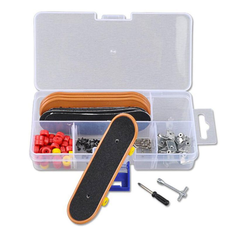 NEW Plastic Mini Finger Skating Board Table Game Toy Kids Children Finger Skateboard 1