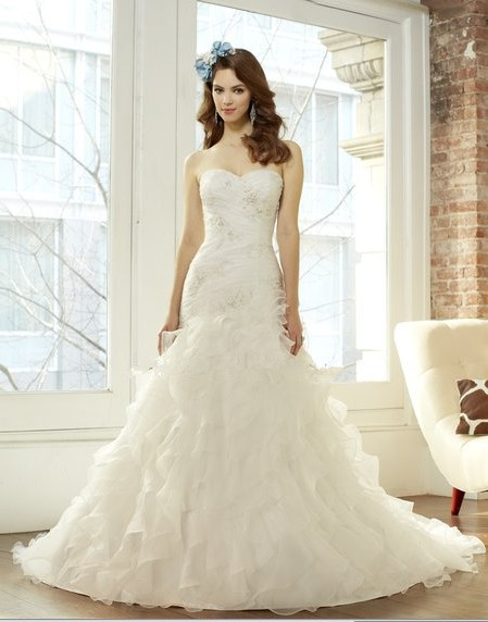 Free Shipping Ruffles Cascade Organza A-line Crystals Re-embroidered Lace Appliques Ruched Wedding Dresses Bridal Gown