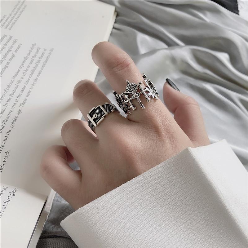 HUANZHI-Vintage-Silver-Color-Metal-Punk-Chain-Cross-Open-Rings-Belt-Buckle-Design-Finger-Rings-for