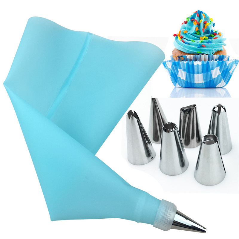 8Pcs/Set Silicone Kitchen Accessories Icing Piping Cream Pastry Bag 6 Stainless Steel Nozzle Set DIY Cake Decorating Tips Set