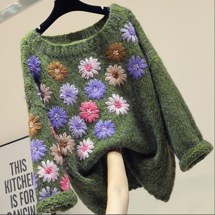 Embroidered Loose Knitted Pullover Sweater Women 2020 Autumn Winter New Fashion O-neck Top Sweater