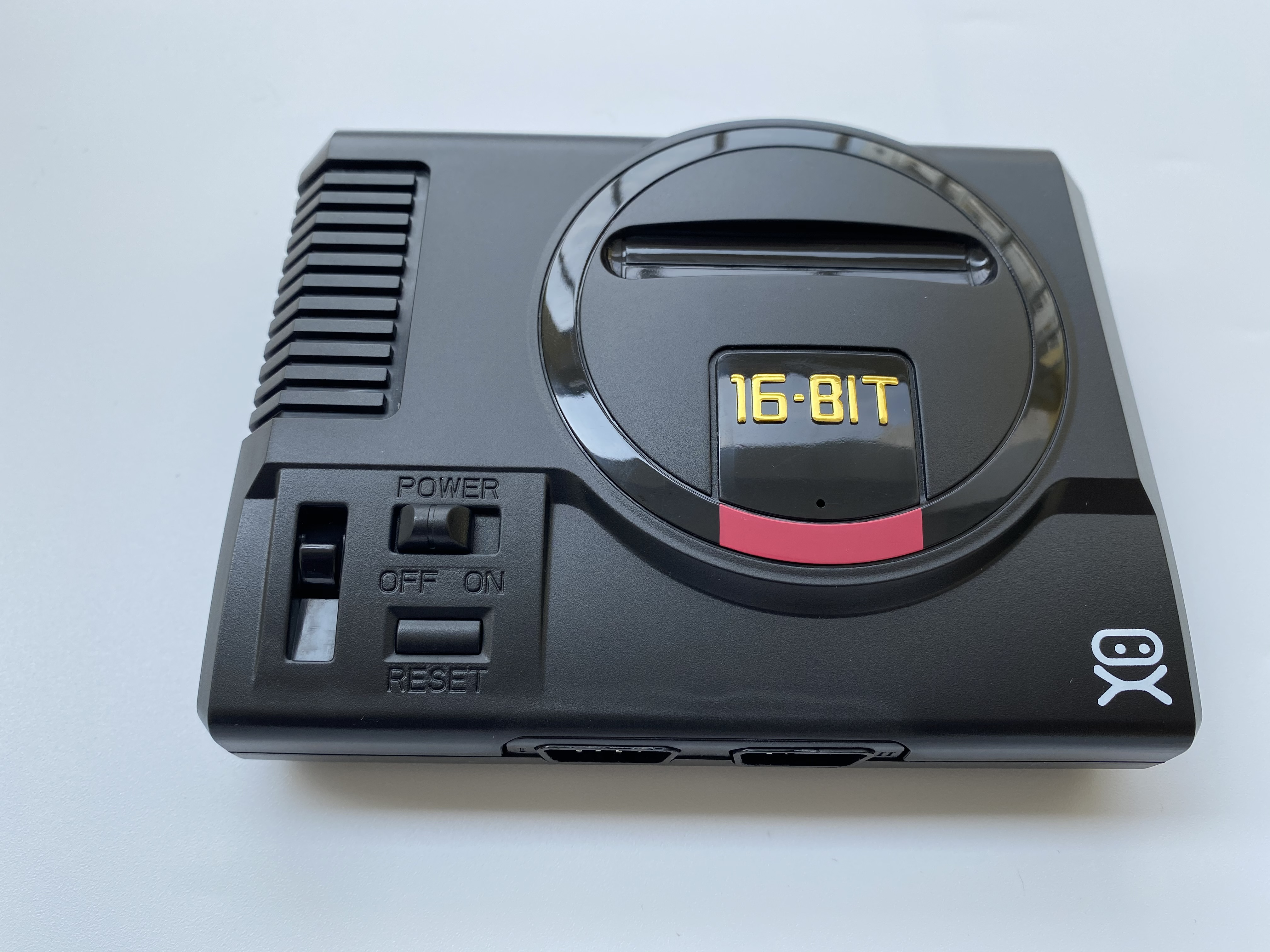 ORIGINAL MINI SEGA GENESIS 16 BIT VIDEO GAME CONSOLE SYSTEM COMPLETE PLUG AND PLAY