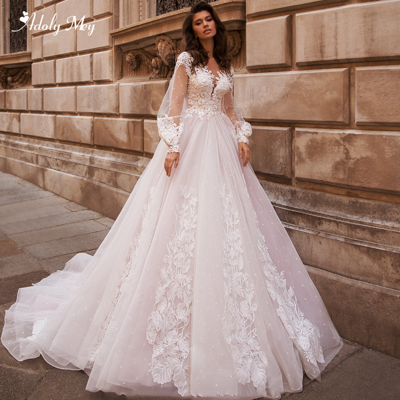 Adoly Mey Sexy Scoop Neck Backless A-Line Wedding Dresses 2020 Luxury Scoop Neck Appliques Beaded Long Sleeve Vintage Bride Gown