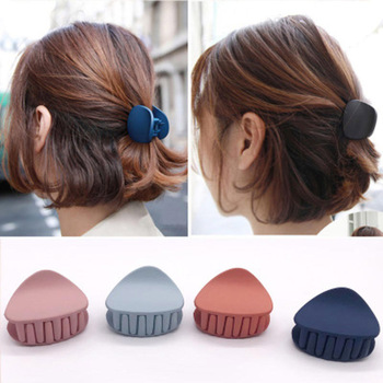 1PC 2020 Korean Fashion Design Women Hair Claw Solid Color Hair Crab Retro Square Scrub Hair Clips Small Size 1