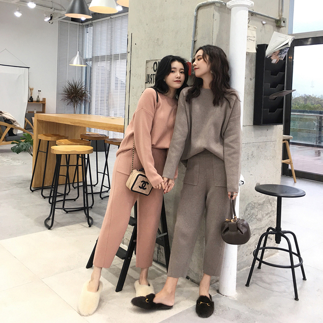 Women Sweater Two Piece knitted Sets Slim Fashion Sporting Suit 4