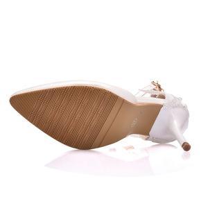 Image 5 - Crystal Queen zapatos de encaje blanco para mujer, calzado de tacón alto para banquete de boda, zapatos nupciales puntiagudos, zapatos sencillos rebeldes
