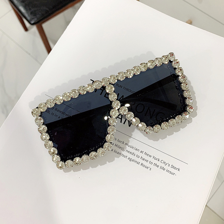 Luxury Brand Square Women Sunglasses 2021 trend Retro Sunglass Lady Oversized Rhinestone Decoration Sun Glasses Shades For Women (5)