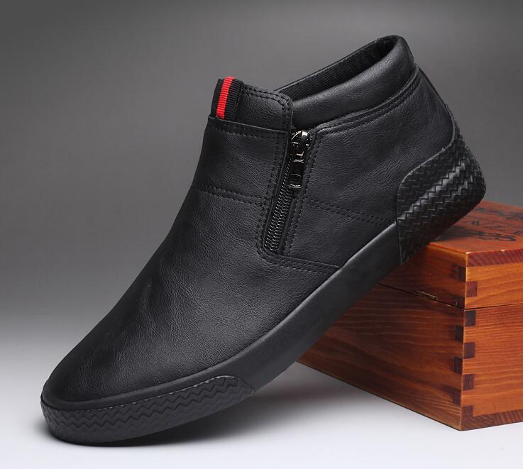 Nova Moda Sapatos Masculinos Deslizamento-em Couro Casuais Tendência Homem Legal Mocassins Apartamentos 2020