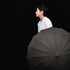 Image 2 - Tiohoh 긴 우산 비 여자 남자 일본 스타일 다채로운 골프 우산 브랜드 16K Windproof 파라솔 여성 안티 UV 파라과이