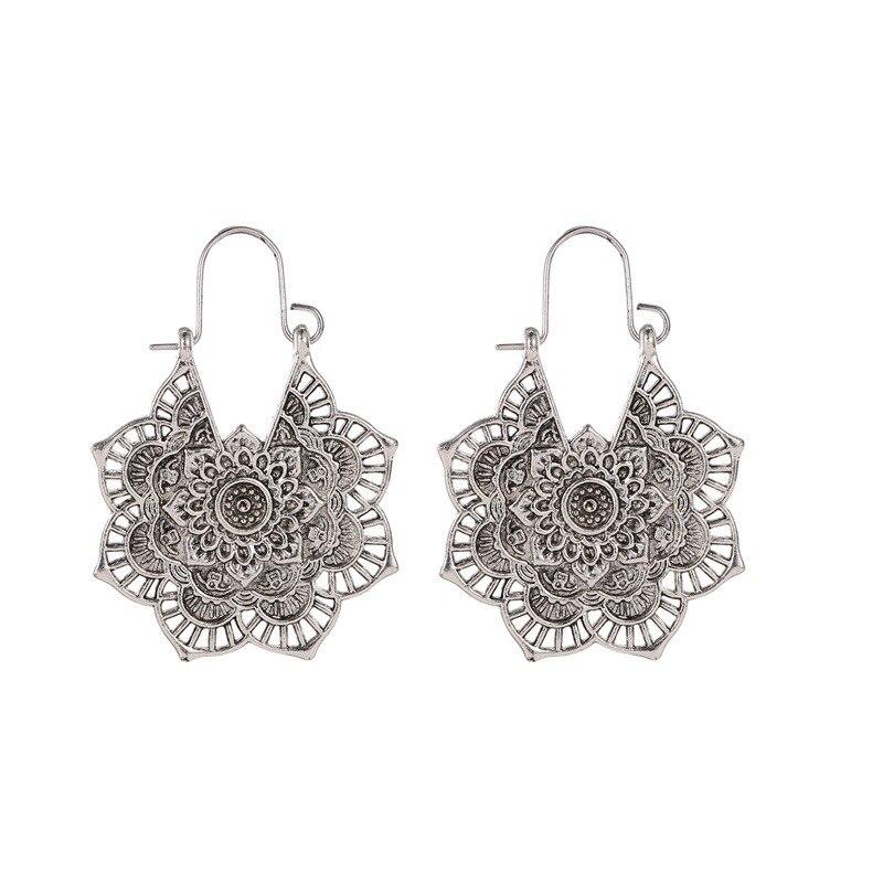 Boucles d'oreilles exotique vintage métal ajouré fleur boucles d'oreilles bohème sculpté palace vent boucles d'oreilles 5