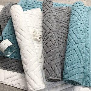 Image 1 - Comfortable Plaid Bath Mat Luxury Hotel Home Towel Cotton Thick Slip resistant Doormat Absorbent Mats 50*77cm
